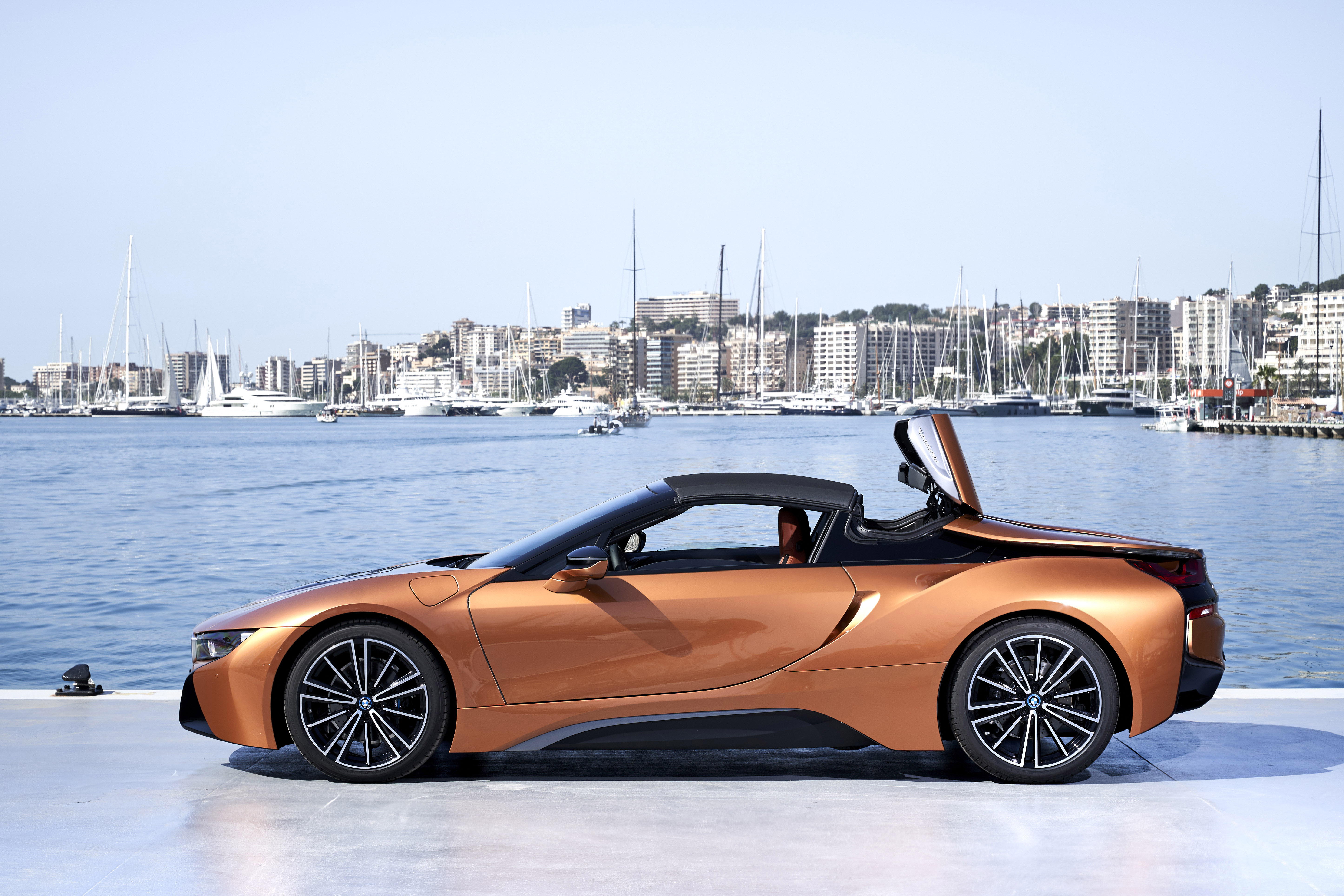 Bmw Malaysia Introduces The First Ever Bmw I8 Roadster Cepsi 2018