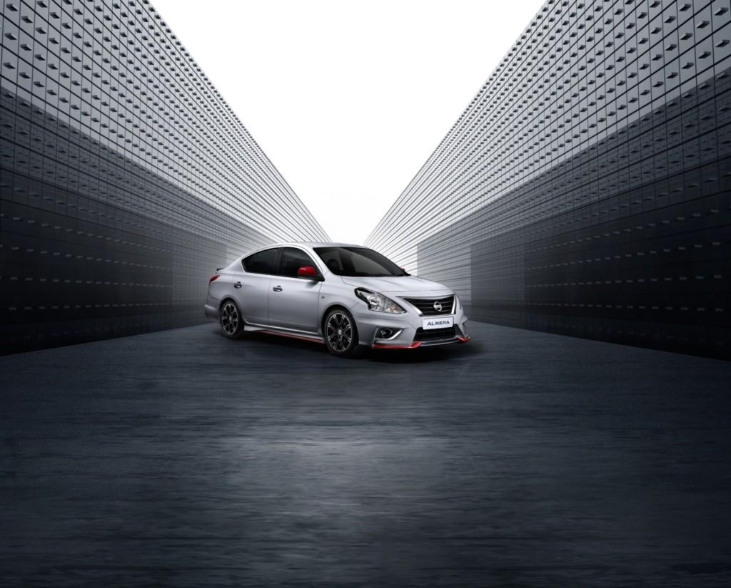 01 New Nissan Almera_NISMO_Side_ w BG