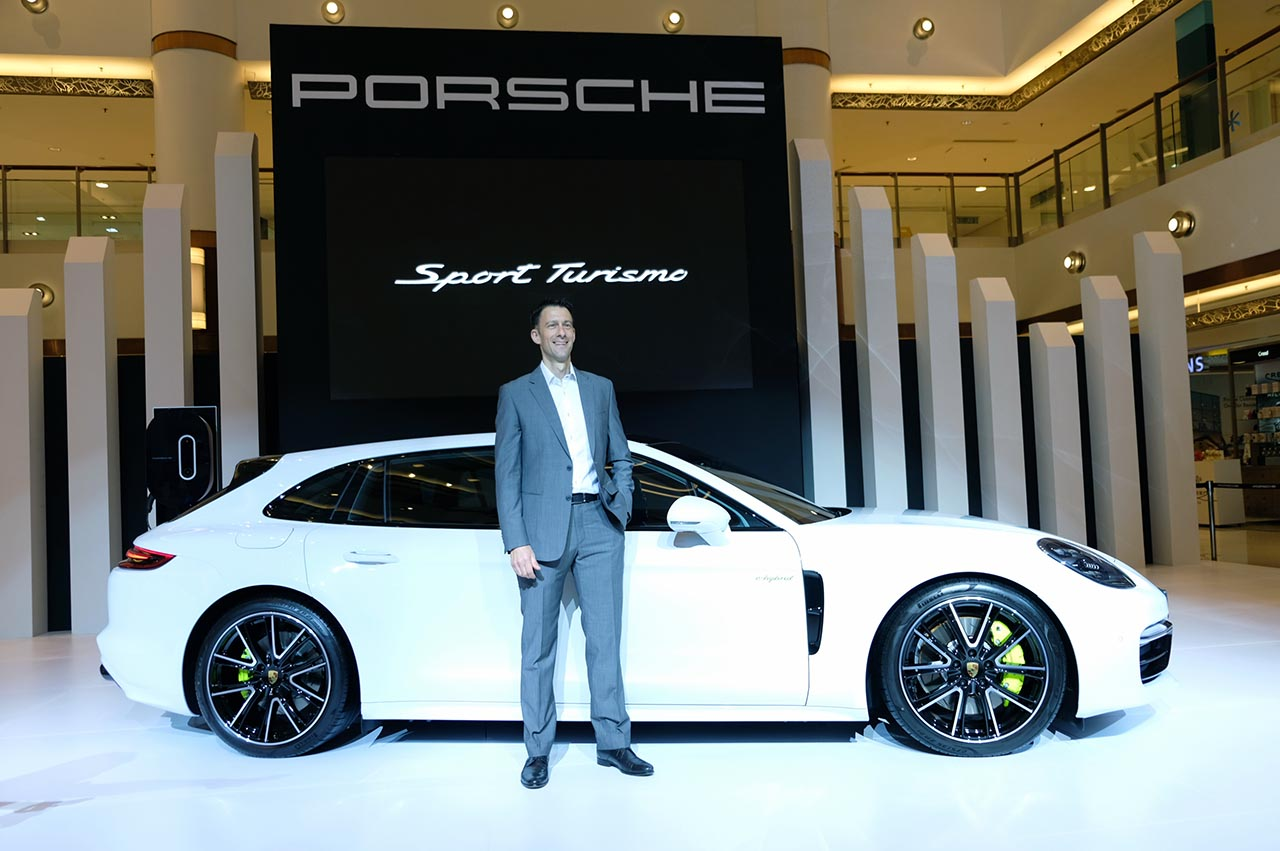 Porsche Panamera Sport Turismo Debuts In Malaysia Prices Starting From Rm990 000 News And Reviews On Malaysian Cars Motorcycles And Automotive Lifestyle