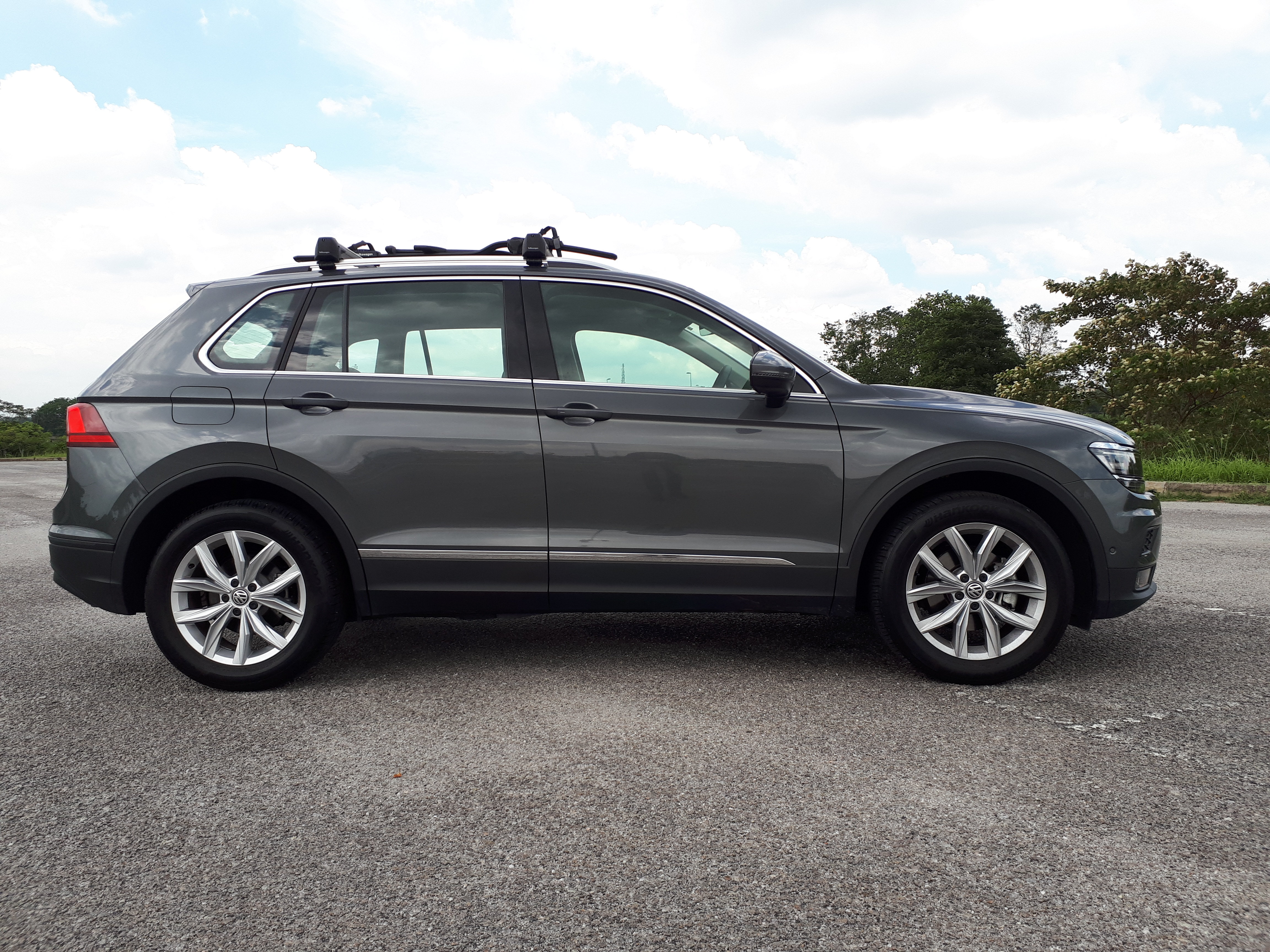 REVIEWED: Volkswagen Tiguan 1 4 TSi - Sit Down, Buckle Up