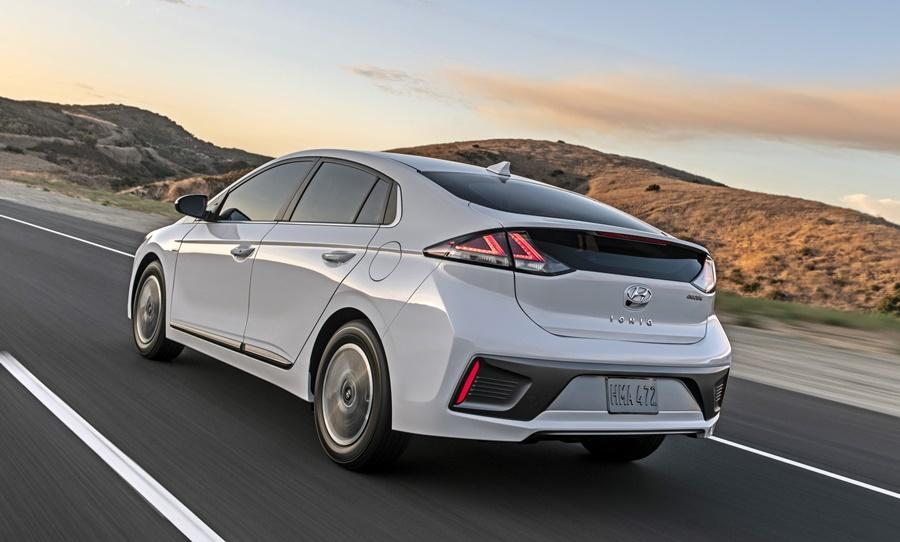2020 hyundai ioniq gets better electric performance - news