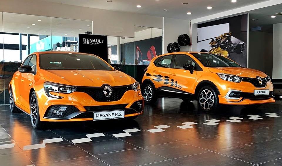 Renault Megane R.S. and Renault Captur Trophy