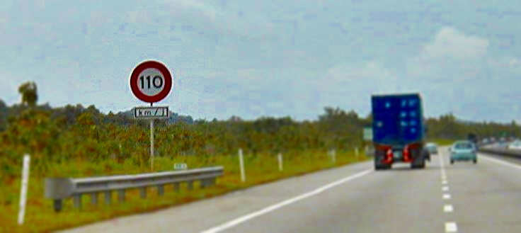 110 km/h sign