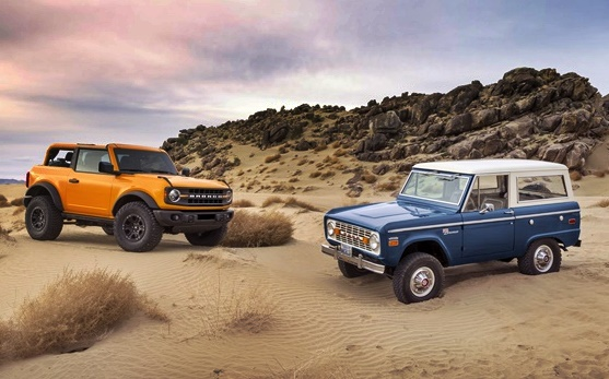 2021 Ford Bronco and 1965 Ford Bronco