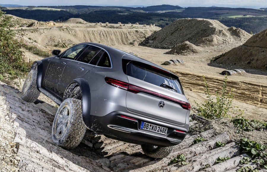 Mercedes-Benz EQC 4x4²