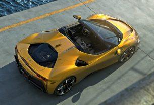2021 Ferrari SF90 Stradale Spider