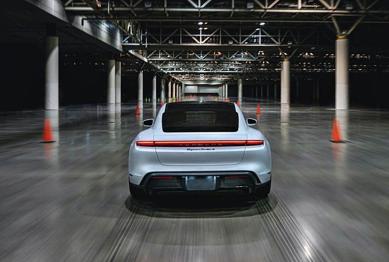 2021 Porsche Taycan Guinness World Record run