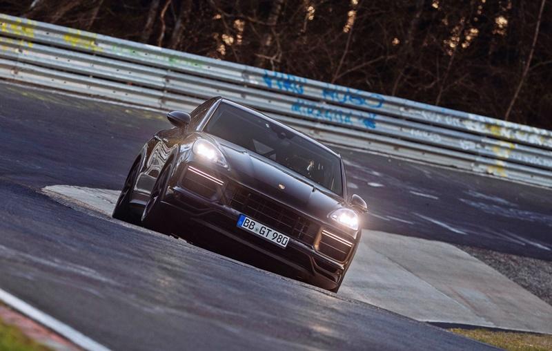 2021 Porsche Performance Cayenne prototype